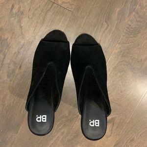BP. Black Heels